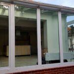 hozzáépített üvegszoba