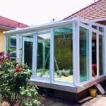 üveg tető - műanyag ablak