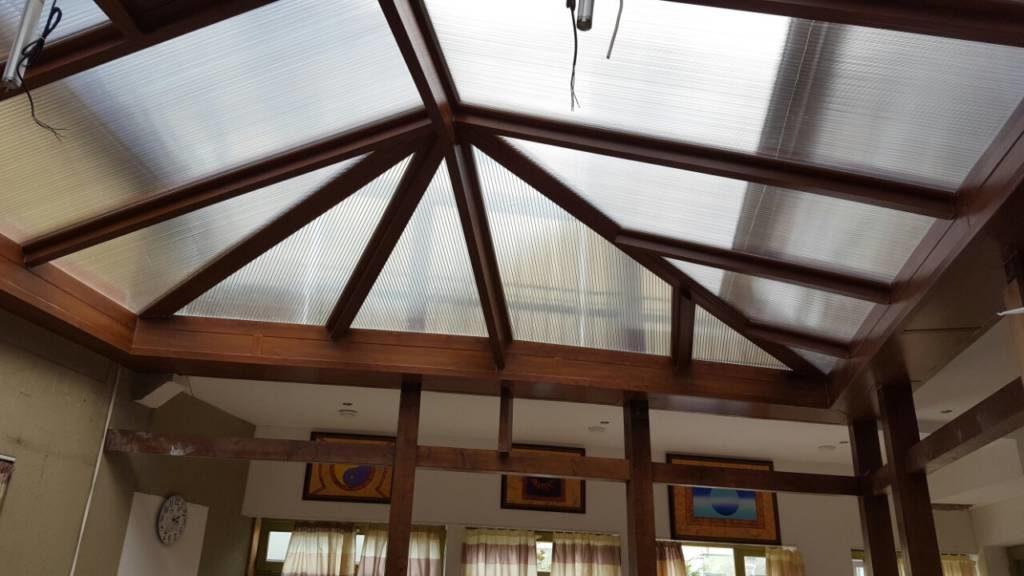 Bp.: Asszimetrikus tetőkupola