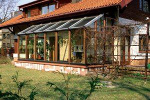 Télikert terasz beépített növény fűtés