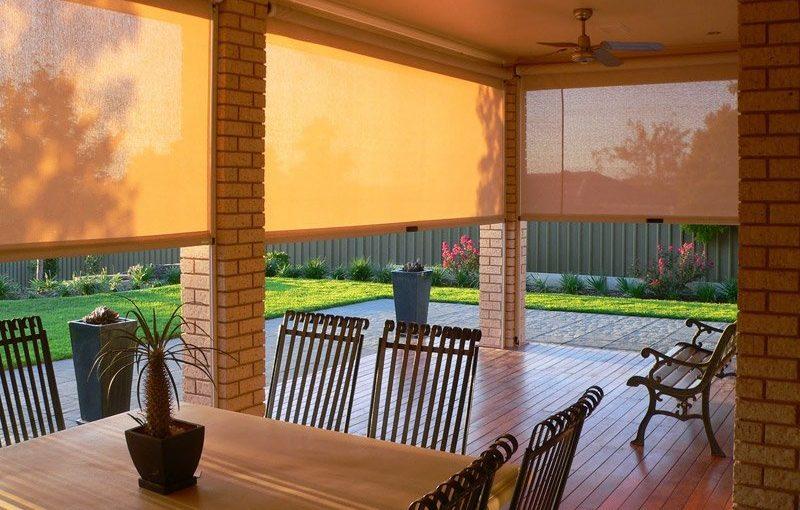 Napellenzők és árnyékolás a beépített teraszon